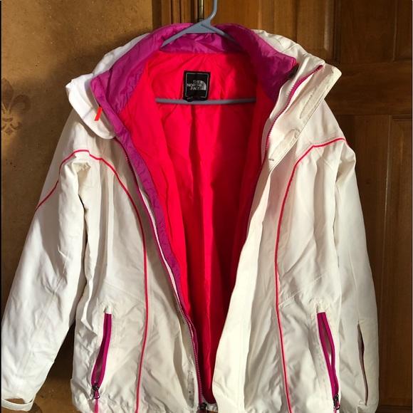 Northface ski coat. Zipout liner & detachable hood